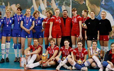 Нашу волейбольную команду тренировал Валерий Сергеевич Гаврилов