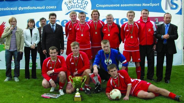 Футбол в МОСЛИФТ