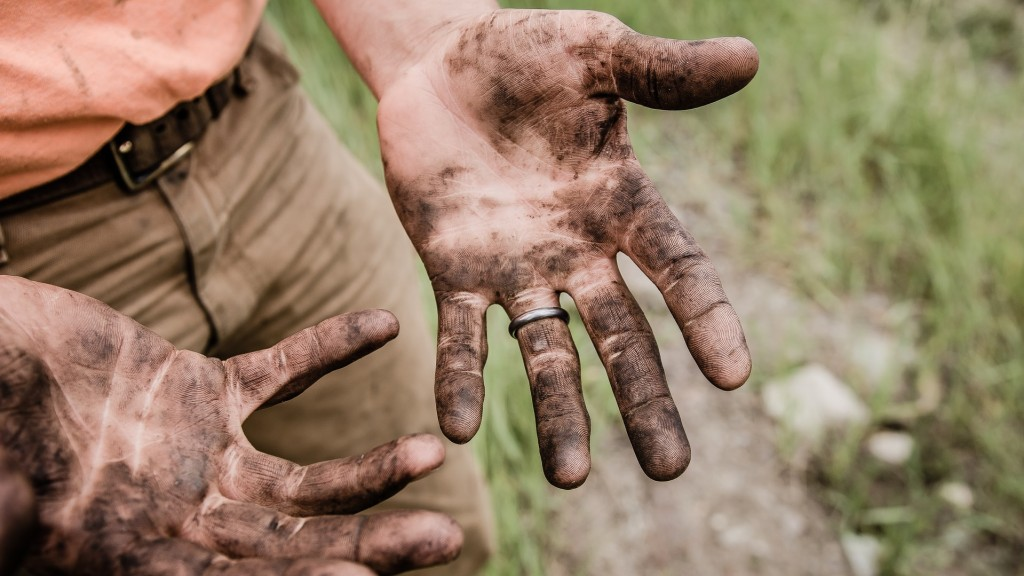 Рабочие руки. Влияние возросшего объёма работ на 13 зарплату