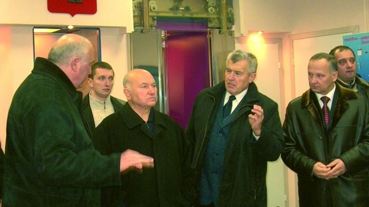 Лужков Ю.М.
